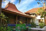 Rumah Joglo Depan Gebyok